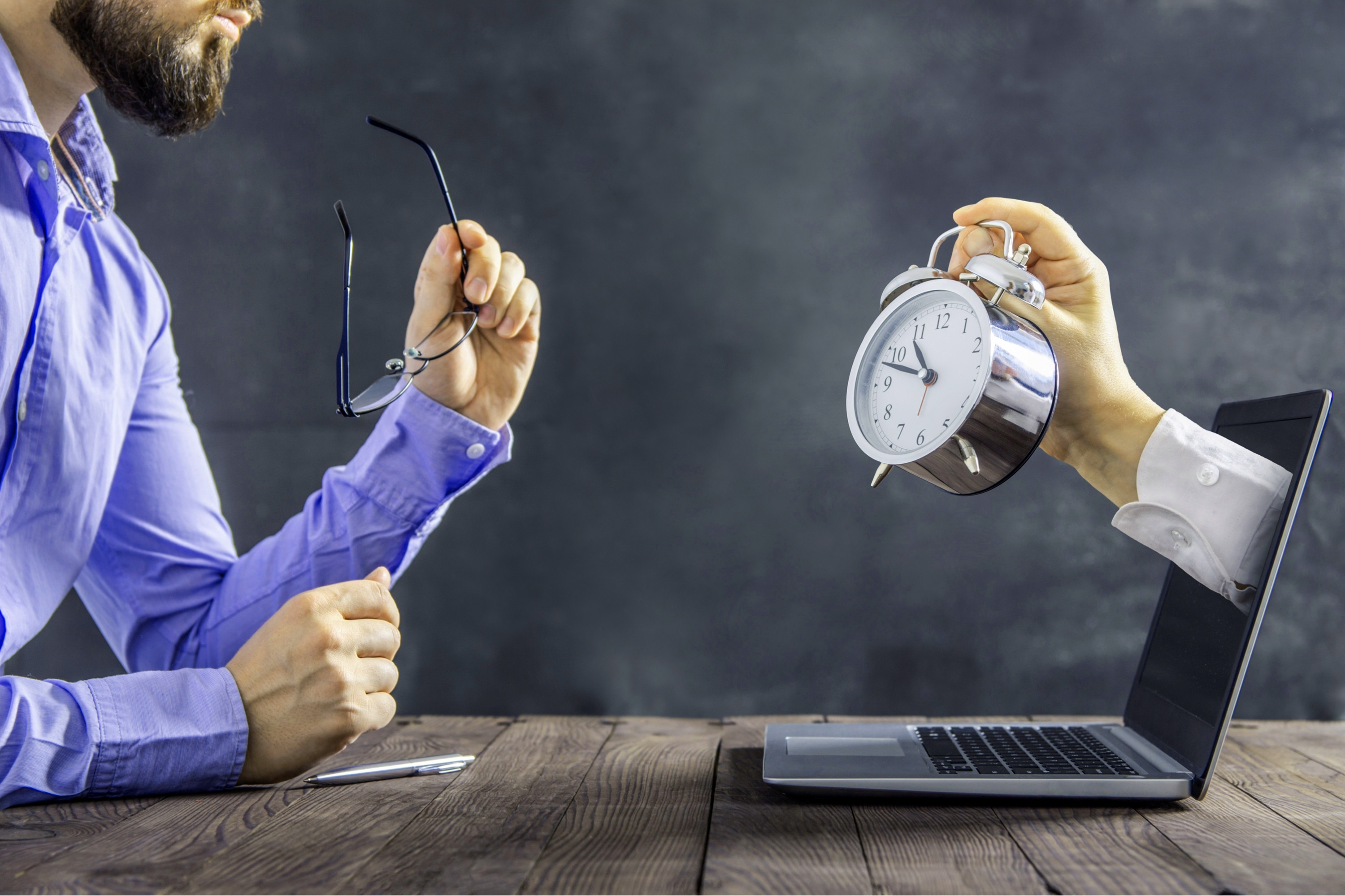 Workdom - Blog - How Do You Manage Time and Technology Effectively in Small Business 3000x2000 08202021